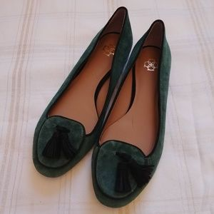 Ann Taylor Green Suede Flats Shoes Size 7